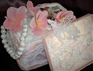 makeup cake box