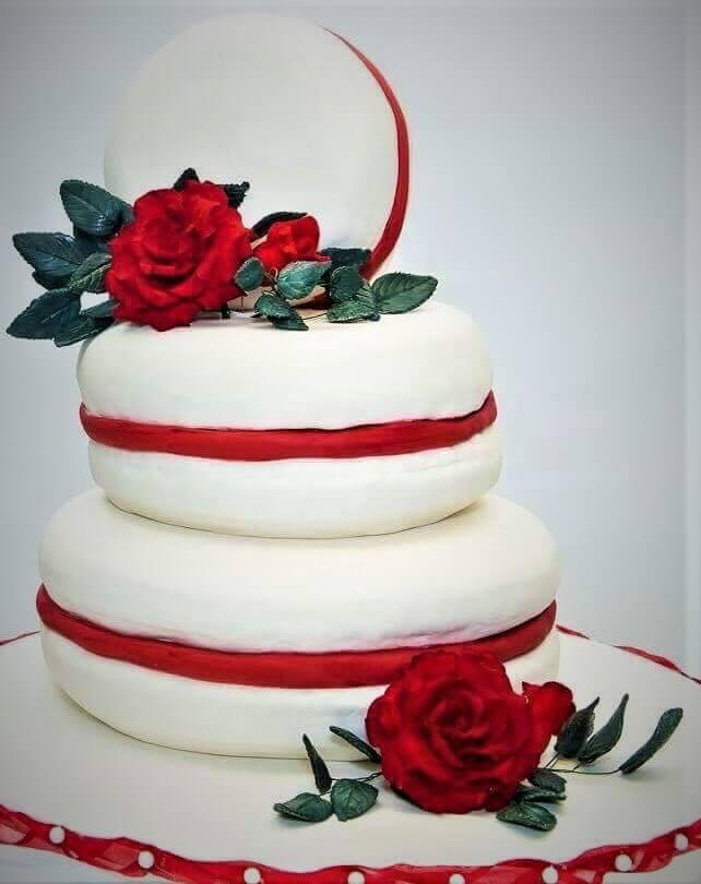 macaroon wedding cake