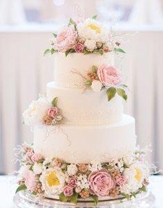emily wedding cake