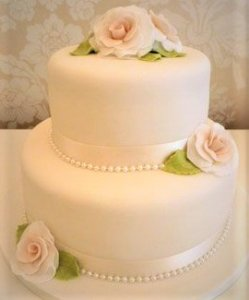 emma wedding cake