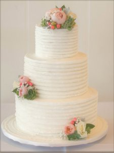katie buttercream wedding cake