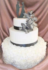 linda wedding cake