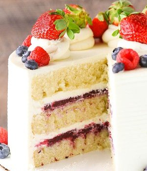 vanilla and berry curd cake