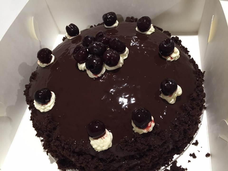 drukin cherry birthday cake