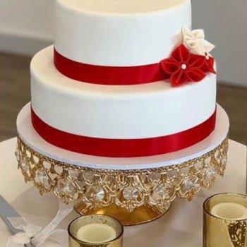 2 tier round wedding cake