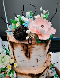 Light Themed Log Wedding Cake