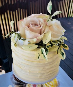 buttercream wedding cake tower from rimma's wedding cakes perth