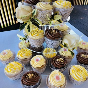 cupcakes by rimma's wedding cakes perth