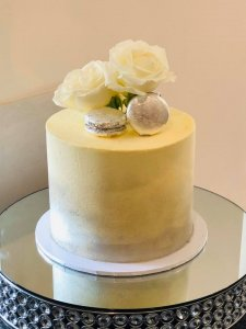 Rimma's Wedding Cakes Perth single tier buttercream wedding cake with silver macaroons and fresh flowers